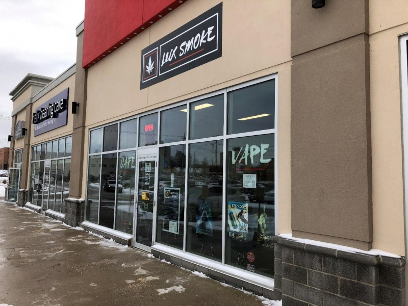 Occupancy Notice - Wharncliffe Plaza Lux Smoke 1